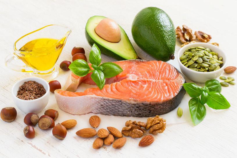 Zdrowa tłusta żywność /©123RF/PICSEL