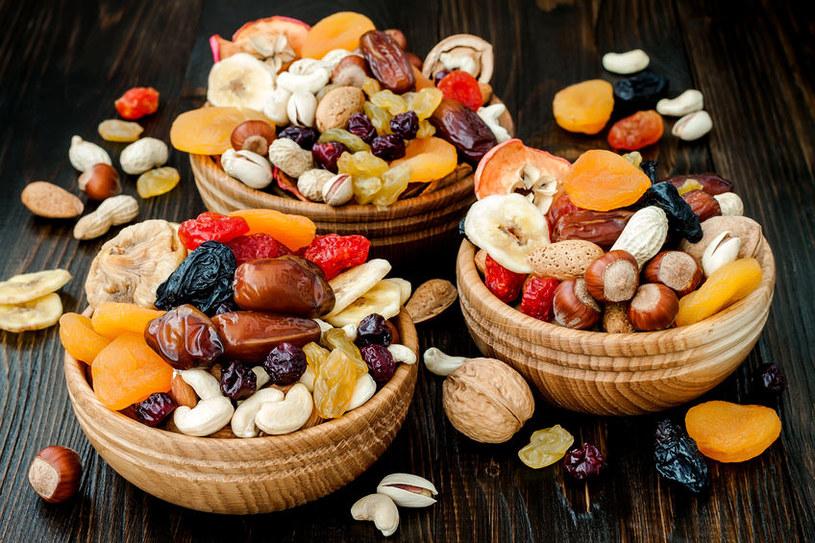 Zdrowe i słodkie przekąski /©123RF/PICSEL