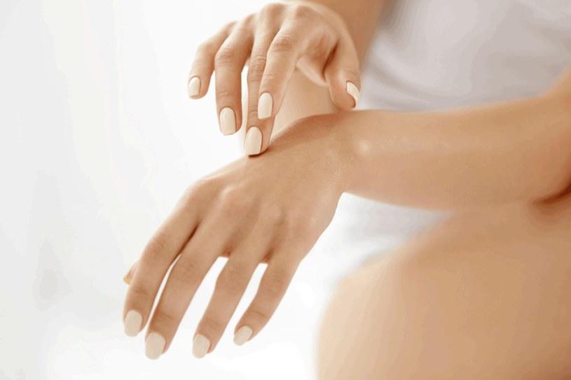 Zdrowe i zadbane dłonie zapewniają dobre samopoczucie /123RF/PICSEL