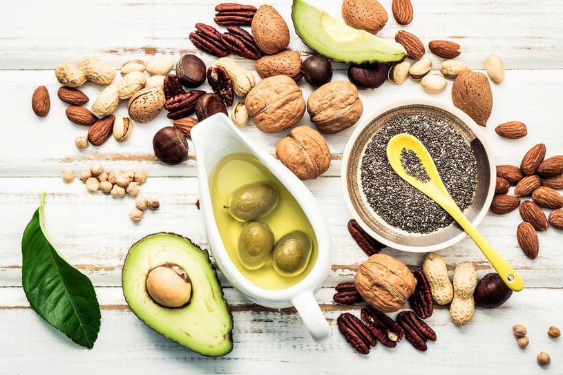 Zdrowe kwasy tłuszczowe /©123RF/PICSEL