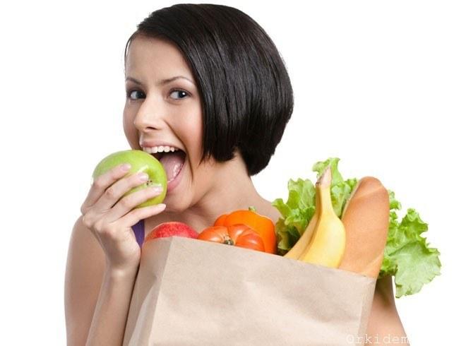 Zdrowe odżywanie /© Photogenica