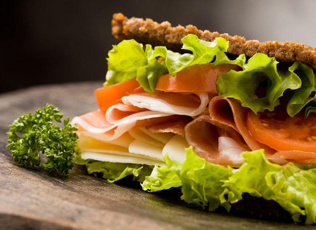 Zdrowe odżywianie to podstawa dobrego samopoczucia /123RF/PICSEL
