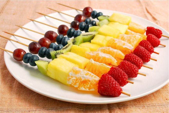 Zdrowe przekąski w naszej diecie /© Photogenica