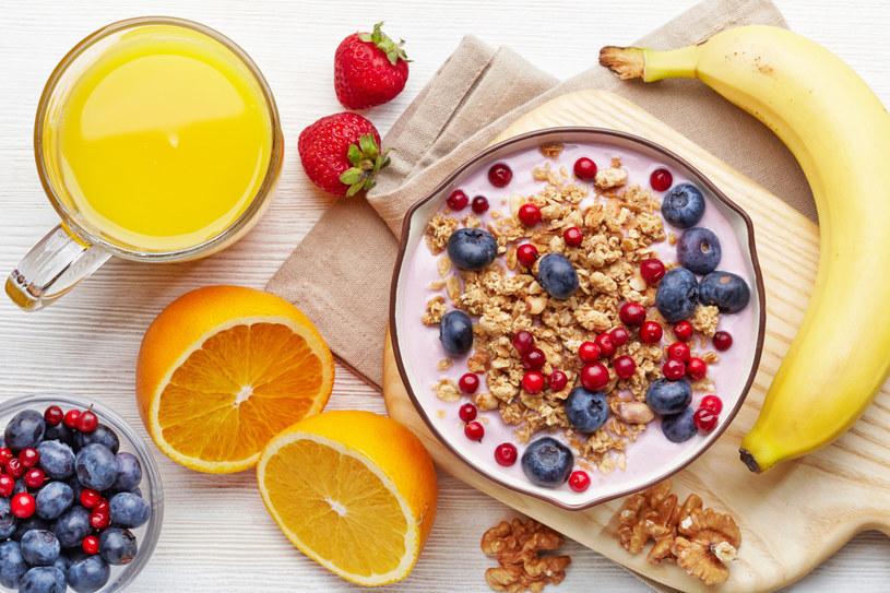 zdrowe śniadanie /© Photogenica