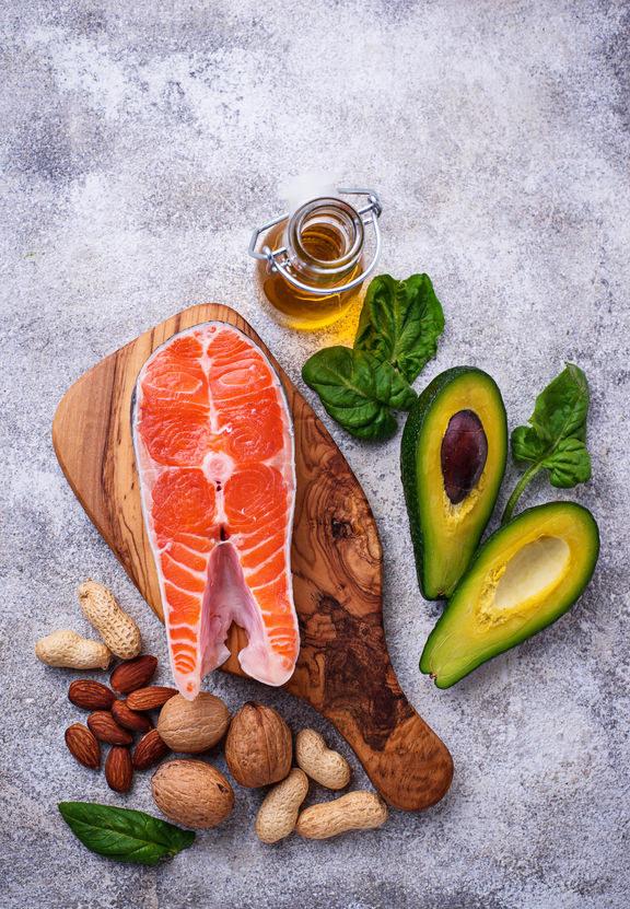 Zdrowe tłuszcze nienasycone /©123RF/PICSEL