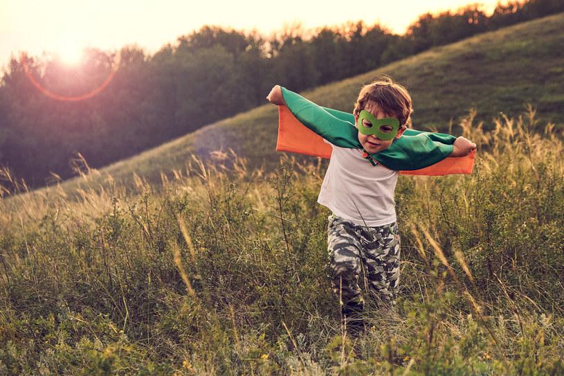 Zdrowie dziecka jest najważniejsze, dlatego warto wiedzieć, jak naturalnie wspierać obronne funkcje organizmu /123RF/PICSEL