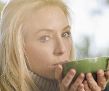 Zdrowotne właściwości herbat na zimne poranki