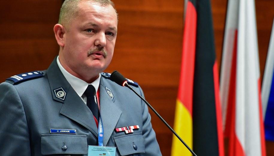 Zdymisjonowany komendant wojewódzki lubuskiej policji Jarosław Janiak. /PATRICK PLEUL  /PAP/EPA