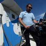 ZE PAK kupuje pierwsze stacje tankowania wodorem samochodów osobowych i autobusów - realizuje zieloną strategię