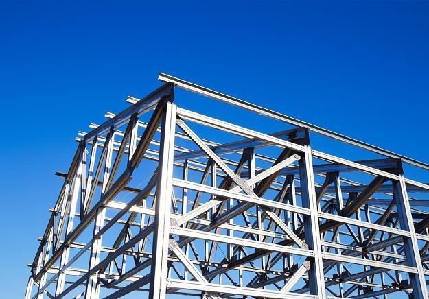 Ze względu na błyskawiczną budowę warto zainteresować się stalowymi szkieletami /©123RF/PICSEL