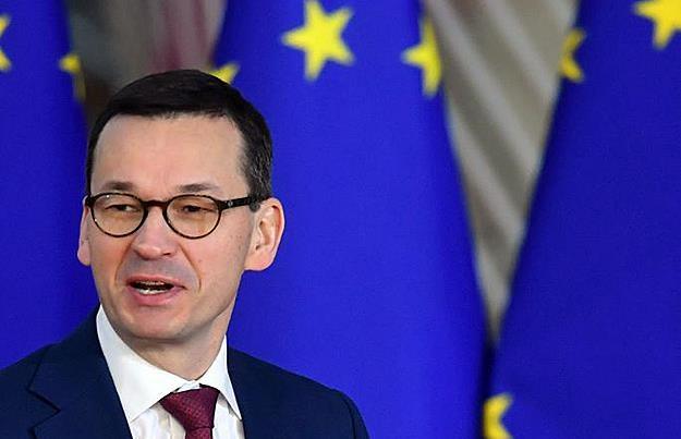 Ze źródeł zbliżonych do Mateusza Morawieckiego - decyzja zapadnie za kilka tygodni /AFP
