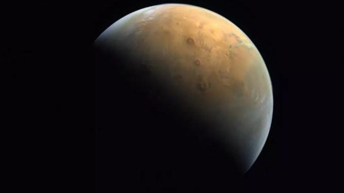 ZEA dzielą się zdjęciem Marsa /materiały prasowe