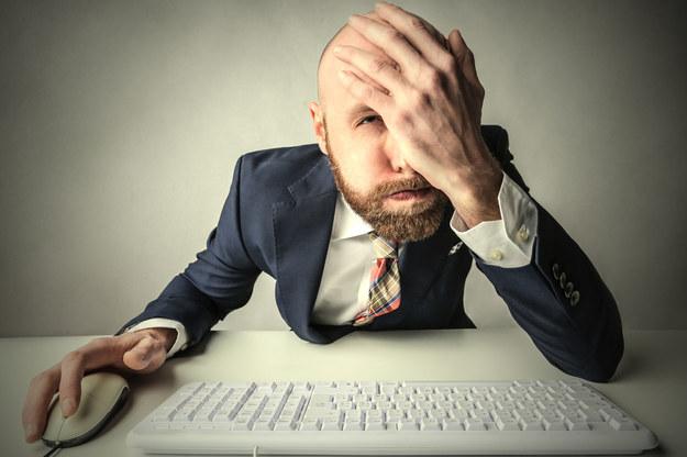 Żeby dostać pracę trzeba mieć plecy? /123RF/PICSEL