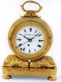 Zegar podróżny, 1. ćw. XIX w., brąz pozłacany, wys. 19 cm /Sztuka.pl