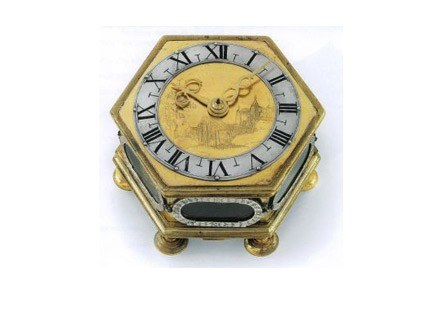 Zegar stołowy, ok. 1700, brąz pozłacany, wys. 9 cm, przekrój 15,5 cm /Sztuka.pl