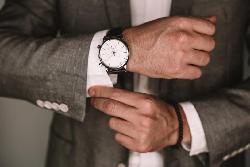Zegarek to przedmiot z charakterem - warto więc wybierać go rozważnie /Adobe Stock