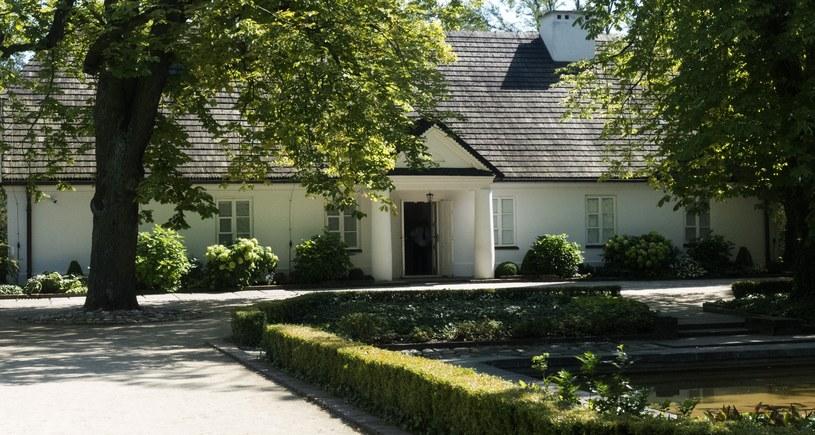 Żelazowa Wola Muzeum Chopina Dom urodzenia Fryderyka Chopina n/z odrestaurowany dworek i otaczajacy go park fot . Czeslaw Czaplinski/FOTONOVA /East News
