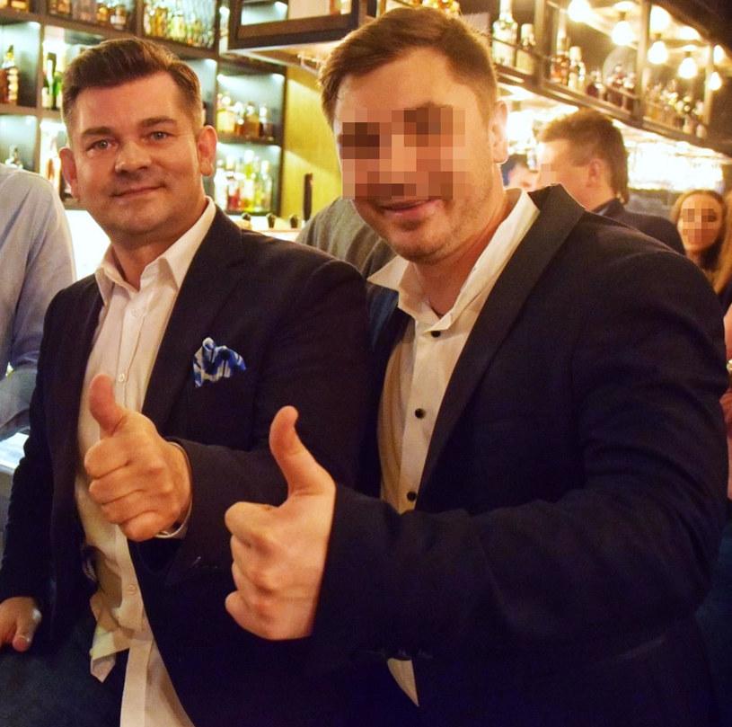 Zenek Martyniuk z synem na otwarciu jego restauracji, fot. Konrad Karkowski/Polska Press /East News