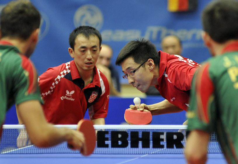 Zeng Yi Wang (z prawej) /AFP
