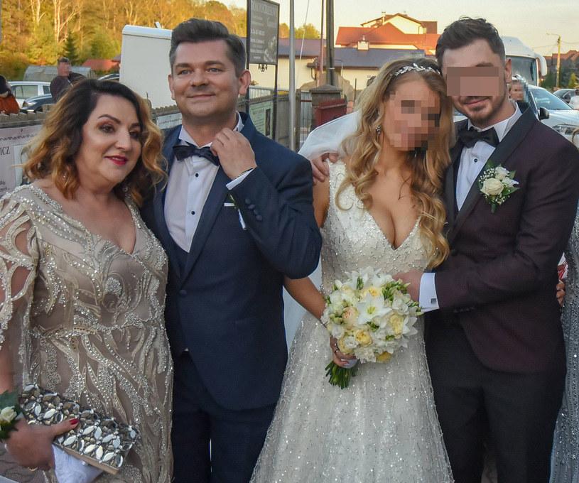 Zenon Martyniuk z żoną na ślubie syna /Newspix /Newspix
