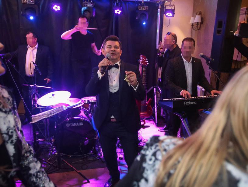 Zenon Martyniuk zaśpiewał na weselu syna /Piotr Grzybowski /East News