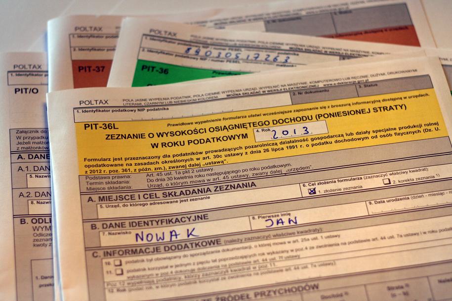 Zerowy podatek PIT dla młodych z limitem zarobków i to nie dla wszystkich /RMF FM /RMF FM