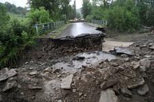 Zerwane drogi, zalany szpital, podmyte domy. Małopolska szykuje się na kolejne ulewy