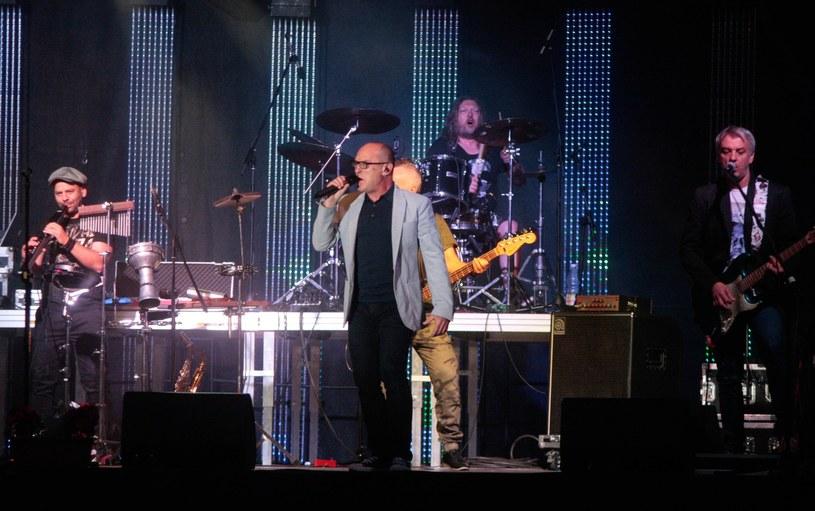 Zespół De Mono na scenie podczas koncertu w Przemyślu /Łukasz Solski /East News