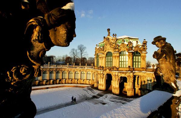 Zespół pałacowy Zwinger w Dreźnie - perła późnego baroku /AFP