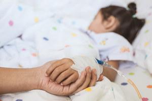 Zespół pocovidowy u dzieci. Może pojawiać się po bezobjawowym zakażeniu
