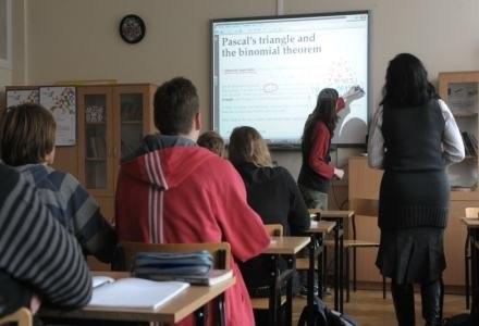Zespół szkół im. B.Prusa w W-wie - lekcja matematyki /materiały prasowe