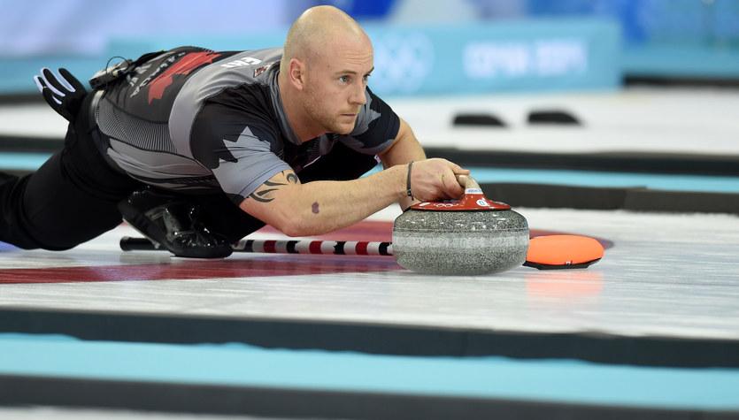 Zespół z pijanym mistrzem olimpijskim wyrzucony z zawodów curlingowych