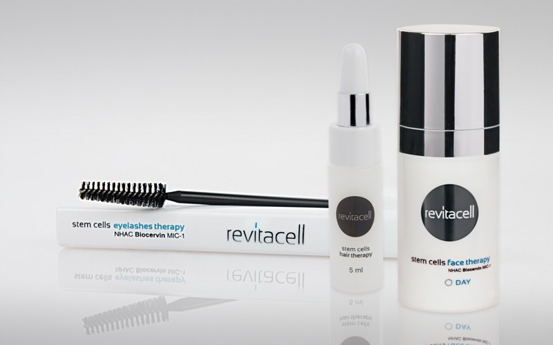 Zestaw kuracji Revitacell /INTERIA.PL/materiały prasowe