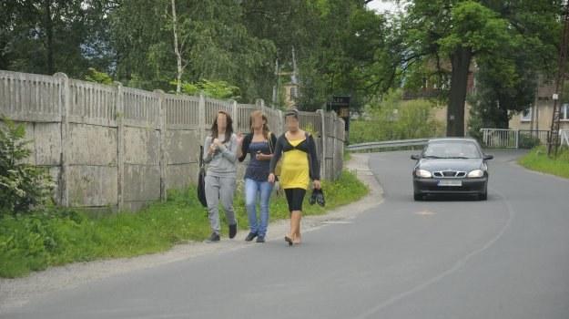 Zestaw odblasków dla pieszych to wydatek kilku złotych. /Motor