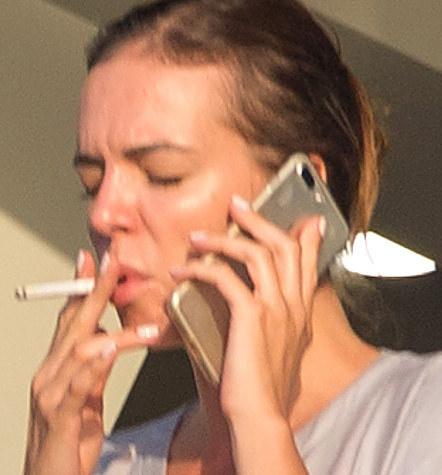 Zestresowała się, gdy zobaczyła paparazzich? /- /Foto IP