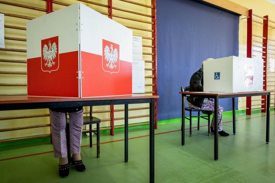 Zgodnie z prawem wybory nie zostały odwołane – choć nikt z nas dziś nie zagłosuje / Tytus Żmijewski    /PAP