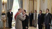 Zgodnie z tradycją nowy prezydent w trakcie uroczystości zaprzysiężenia został odznaczony orderem Legii Honorowej