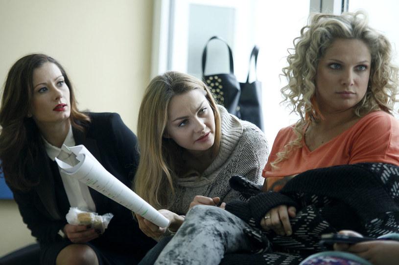 """Zgrana paczka Anita, Magda, Joanna i Małgorzata bardzo się polubiły i wzajemnie sobie kibicują. Wszystkie liczą, że czekają je kolejne transze """"Przyjaciółek"""" /AKPA"""