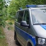 Zgubiła się w lesie. 55-latkę odnalazła policja