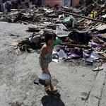 Zidane i Ronaldo zagrają dla ofiar tajfunu na Filipinach