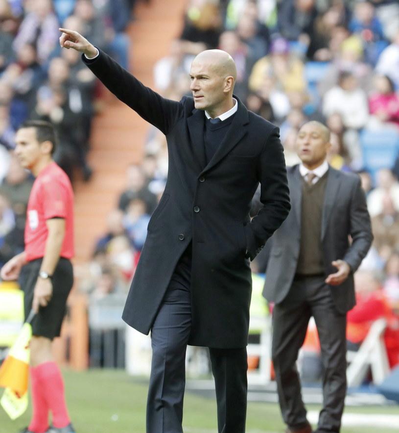 Zidane ma teraz jeden z trudniejszych momentów w sezonie /Angel Diaz /PAP/EPA