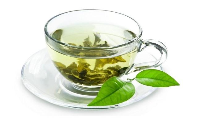 Zielona herbata na lato /© Photogenica