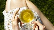 Zielona herbata nawilża i łagodzi