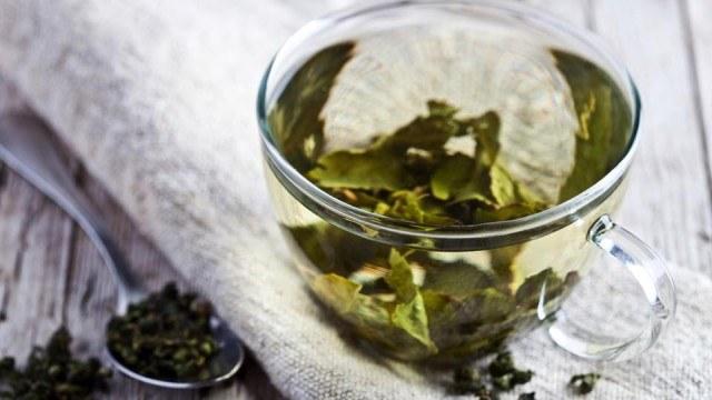 zielona herbata odciski /© Photogenica