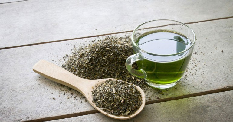 zielona herbata tonik /© Photogenica