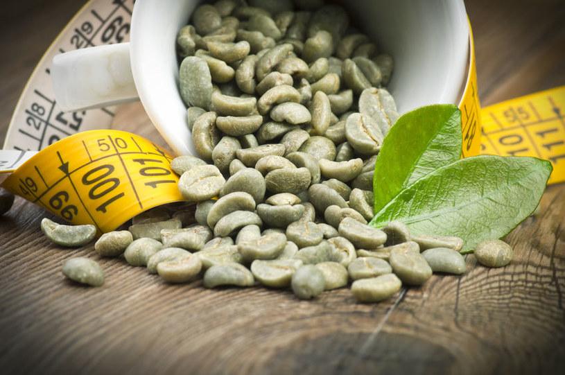 Zielona kawa ma wiele cennych właściwości /123RF/PICSEL