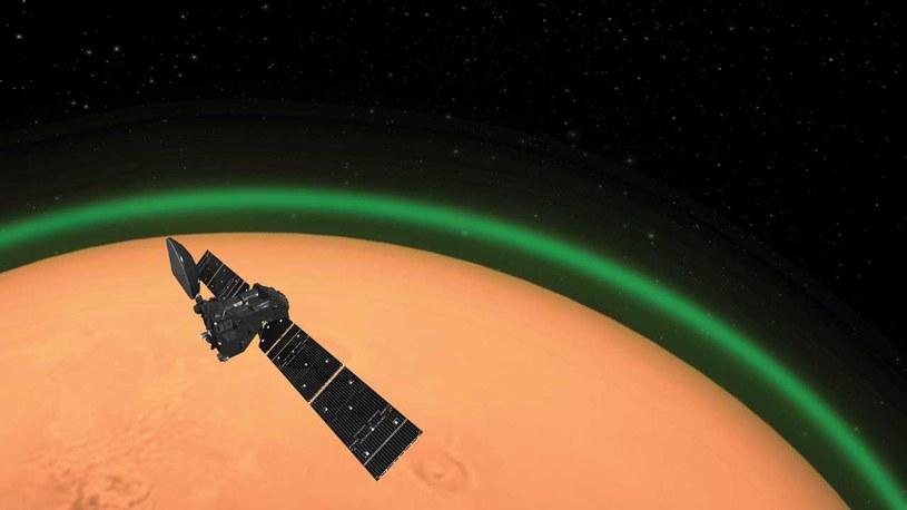 Zielona poświata wokół Marsa została dostrzeżona po raz pierwszy w historii /materiały prasowe