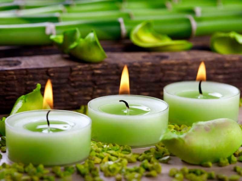 zielone świece /© Photogenica