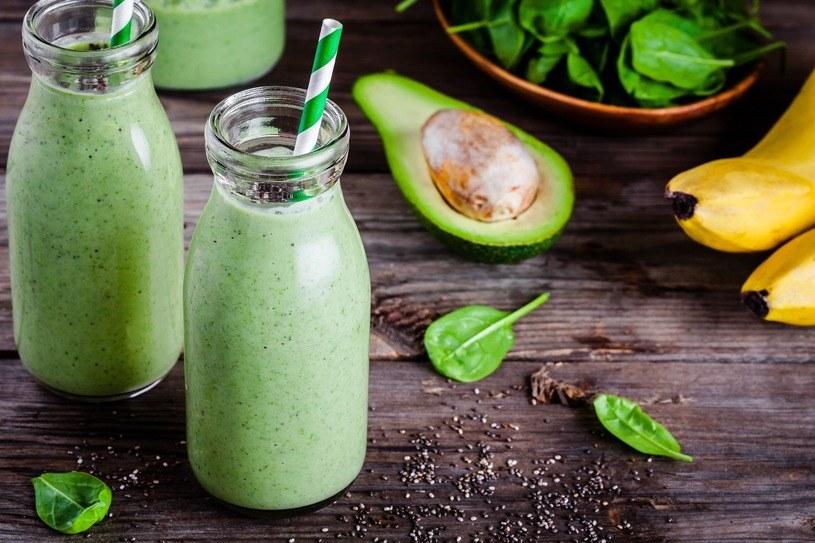 Zielone warzywa pomagają też szybko zaspokoić głód, z powodzeniem mogą się nimi zajadać osoby na diecie /123RF/PICSEL