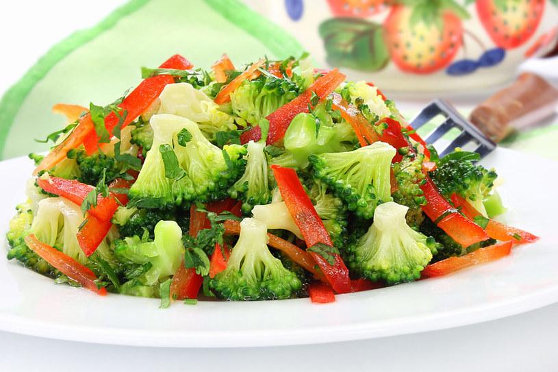 Zielone warzywa to prawdziwa bomba odżywcza /123RF/PICSEL